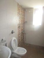 13M5U00572: Bathroom 2