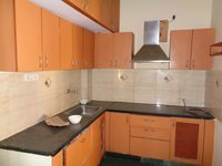 12S9U00238: Kitchen 1