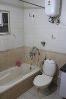 14F2U00019: Bathroom 1