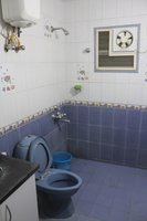 14F2U00019: Bathroom 2