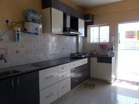 13J1U00152: Kitchen 1