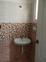 Sub Unit 15S9U00941: bathrooms 1