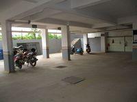 10A4U00134: parking