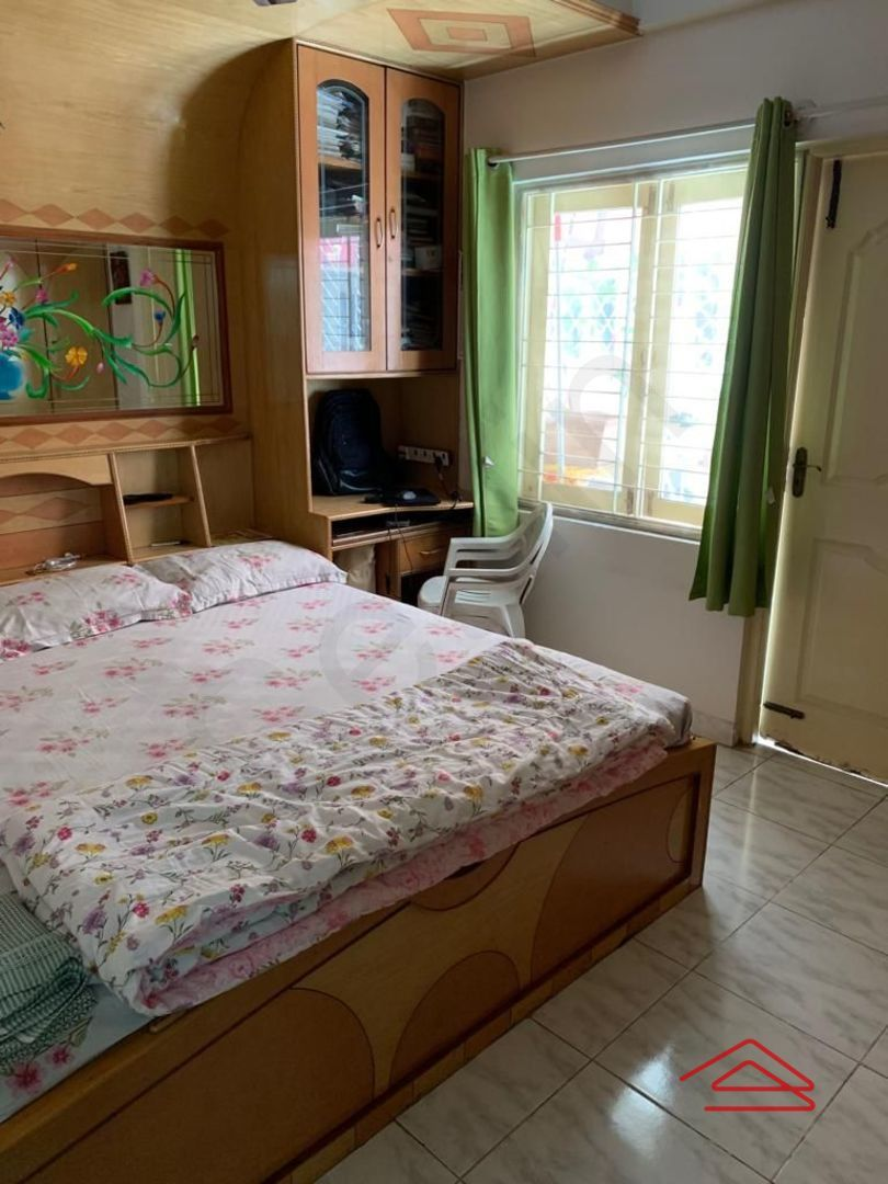 13J6U00342: Bedroom 1