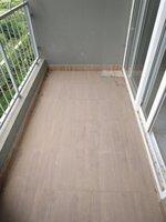 15S9U00271: Balcony 1