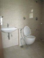 15S9U00271: Bathroom 2