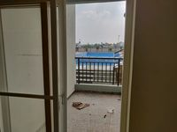 13M5U00573: Balcony 2