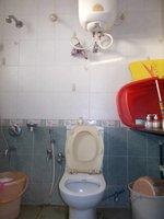 14J1U00117: Bathroom 3