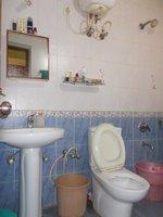 14J1U00117: Bathroom 2