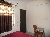 14J6U00220: bedrooms 2