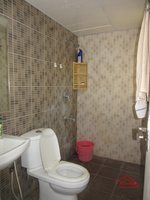 13A8U00019: Bathroom 1