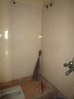 13M5U00598: Bathroom 3