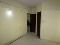 13M5U00598: Bedroom 1