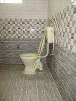 10J6U00417: Bathroom 2