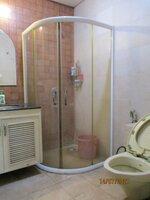 15J7U00073: Bathroom 1