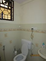 13F2U00165: Bathroom 2