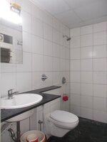15J1U00220: Bathroom 1