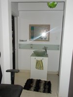 14J1U00272: Bathroom 1