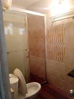 14J1U00272: Bathroom 2