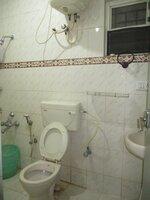 15F2U00050: Bathroom 2