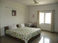 10M5U00049: Bedroom 1