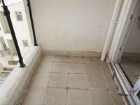 13A4U00327: Balcony 1