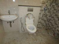 13A4U00327: Bathroom 2