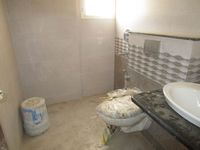 13A4U00327: Bathroom 1