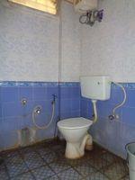 12A8U00171: Bathroom 2