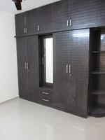 10F2U00018: Bedroom