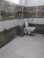 12A8U00263: Bathroom 2