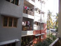 13J6U00372: Balcony 2