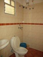 13M5U00027: Bathroom 2