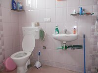 14DCU00311: Bathroom 1