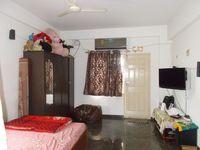 13M5U00393: Bedroom 3