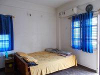 13M5U00393: Bedroom 1
