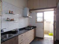 13M5U00393: Kitchen 1