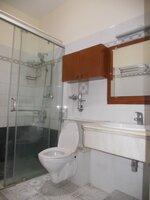 14OAU00110: Bathroom 2