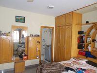 12A8U00053: Bedroom 1