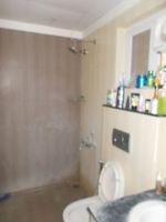 13J1U00092: Bathroom 1