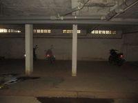 12F2U00098: parking 1