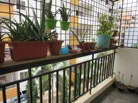 13J7U00016: Balcony 2