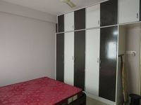 13J7U00016: Bedroom 2