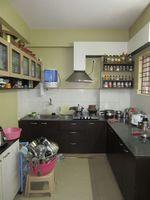 13J7U00016: Kitchen 1