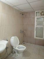 13A4U00357: Bathroom 3