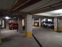 11S9U00142: parking 1