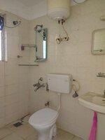 15F2U00095: Bathroom 2