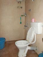 12DCU00263: Bathroom 3
