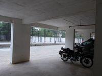 12DCU00263: parking 1