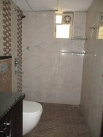15A4U00120: Bathroom 1